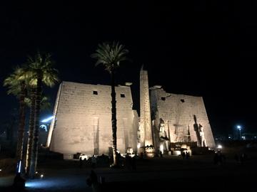 ルクソール神殿ライトアップ