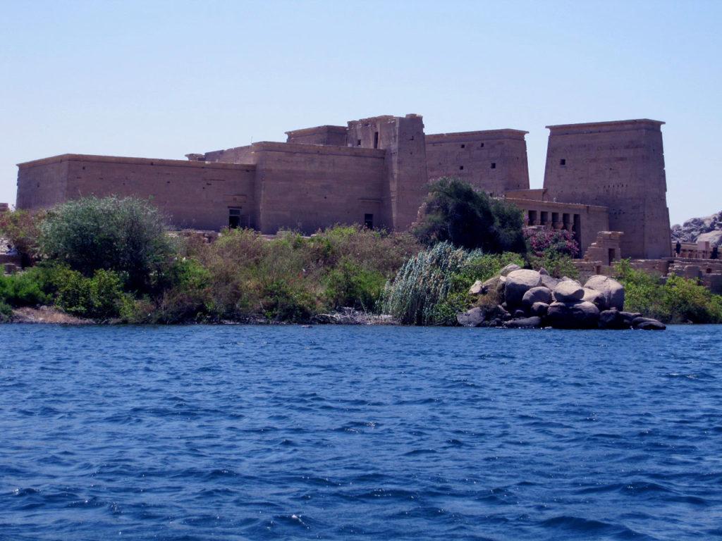 イシス神殿