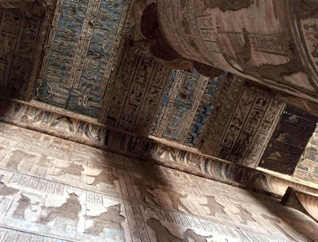 ハトホル神殿