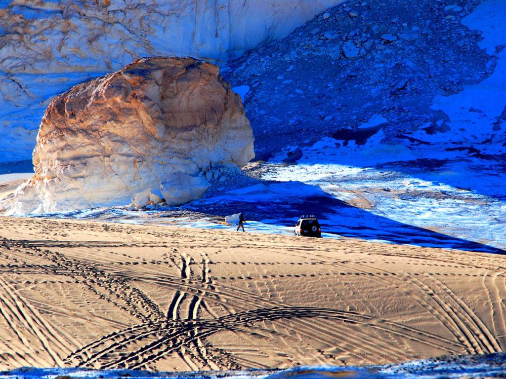 エジプト白砂漠ツアー